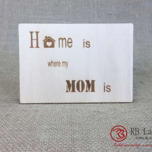 Postkaart Home is where mom is