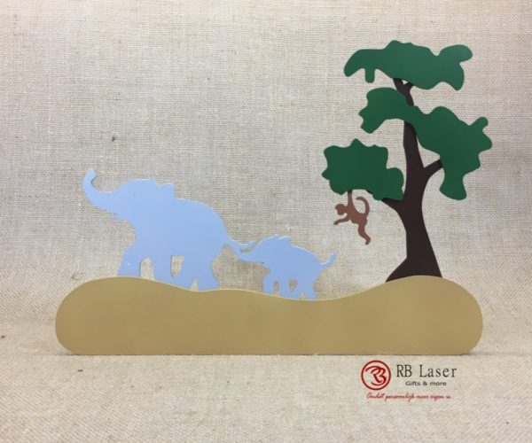 Naambord olifanten op pad