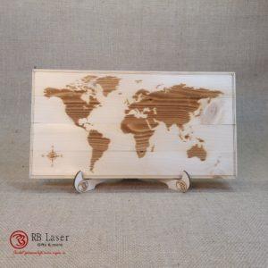 Wereldkaart laser gegraveerd