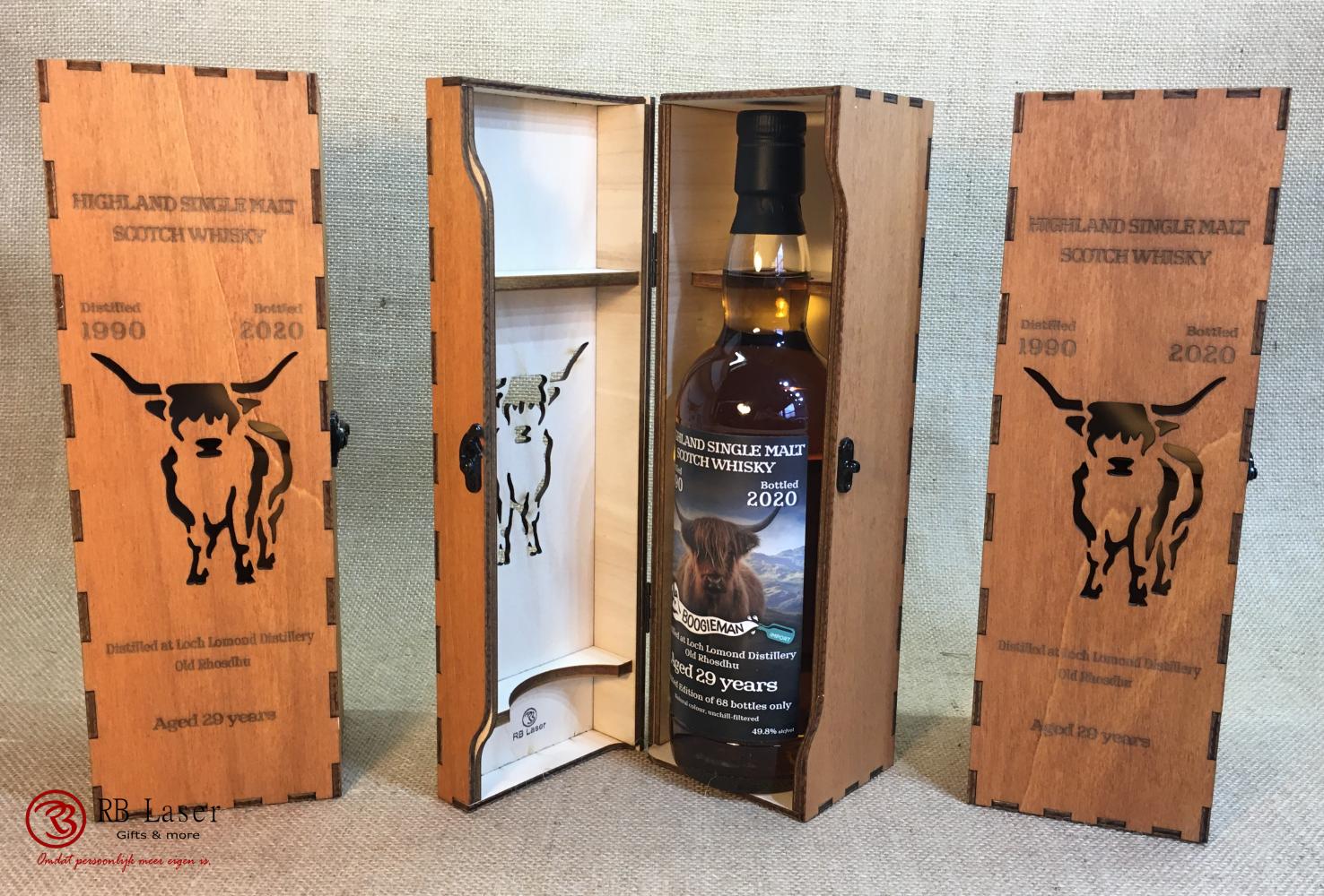 Door RB Laser zelf ontworpen en gepersonaliseerde whiskykist.